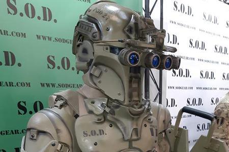 """意公司设计""""未来战士""""套装"""