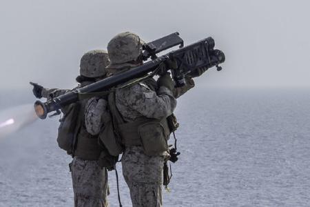 美陆战队用模拟器防空演练