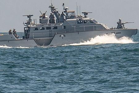 美国海军最小军舰亮相演习