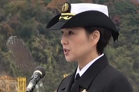 日本首位女性盾舰舰长上任