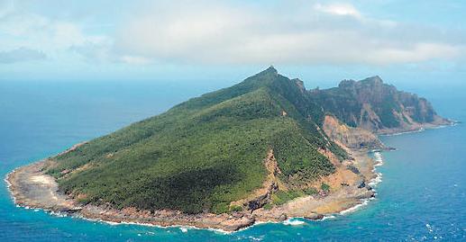 中国海警舰艇编队8月17日在我钓鱼岛领海巡航