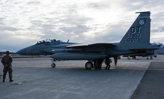 """美军F-15EX首次参加演习就被""""击落"""" 美媒:不意外"""