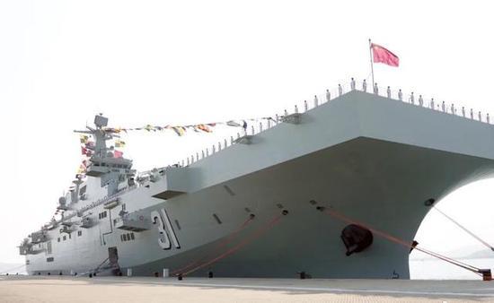 港媒评述:075型战舰助力中国海军远征 发挥重要作用
