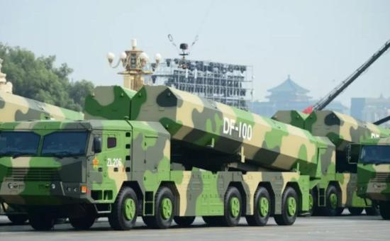 东风100导弹若配备北斗系统 命中精度将达亚米级