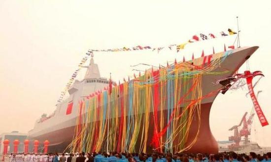 055型万吨大驱