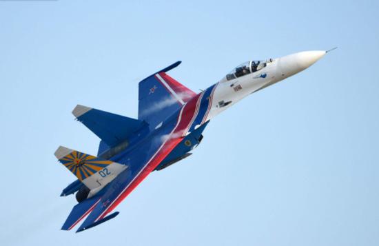 中国引进这款战机系列 从仿制到创新已成空军顶梁柱