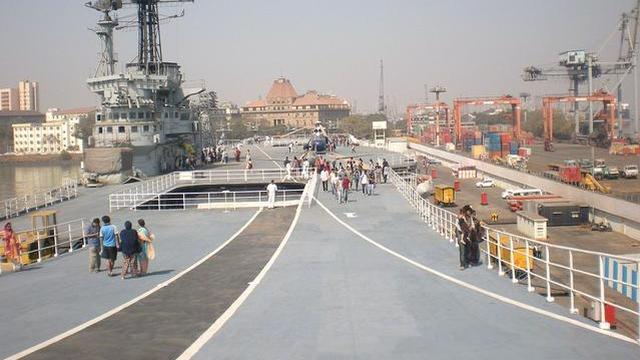 印度首艘国产航母2020年前服役?等了10年不差这几天