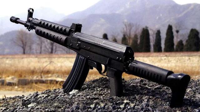 拳打AK脚踩HK!解放军八一杠变身魔改神枪高大上
