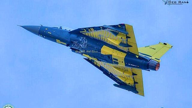 全手工打造?印度光辉战机年产仅6架第8架已首飞