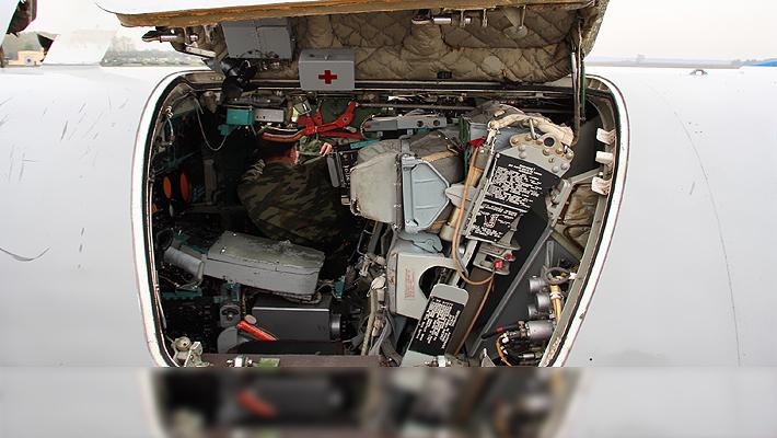 中国差点买它?俄逆火轰炸机座舱曝光飞行员超憋屈