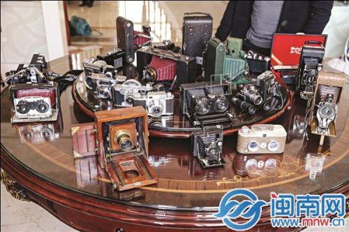 林江雄收藏的品种繁多的相机