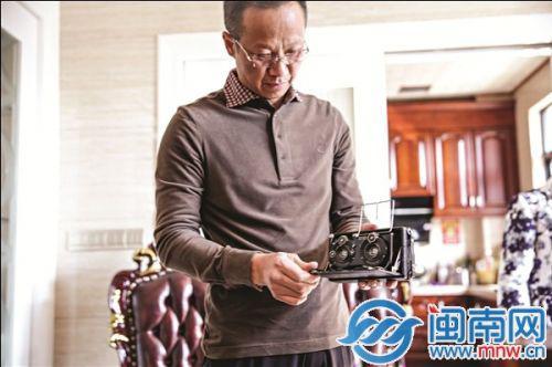 林江雄不会摄影,却了解相机的每一段历史