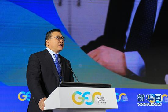 兴业银行行长陶以平在会上作主旨演讲。