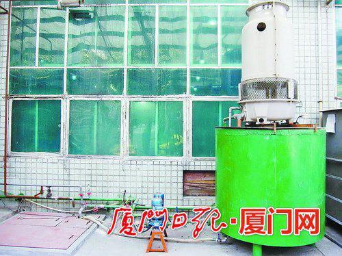 厦门虹鹭钨钼工业有限公司的还原炉冷却水循环使用系统。