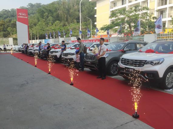 新智跑全国首批车主交付仪式厦门站完成
