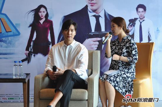 李敏镐现身福州为电影宣传站台