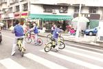 未满12周岁儿童骑车上路 律师:若出事故家长应担责