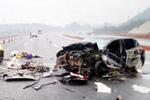 漳州往厦门高速路发生重大车祸 造成4死3伤