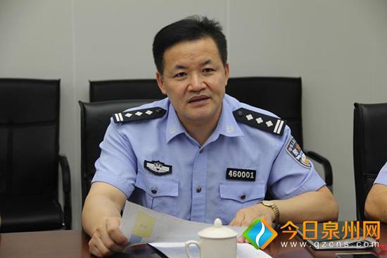石狮市公安局刘南辉局长到交警大队开展基层调研(石狮市公安局供图)