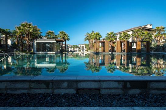 厦门鹭江·佲家酒店露天泳池