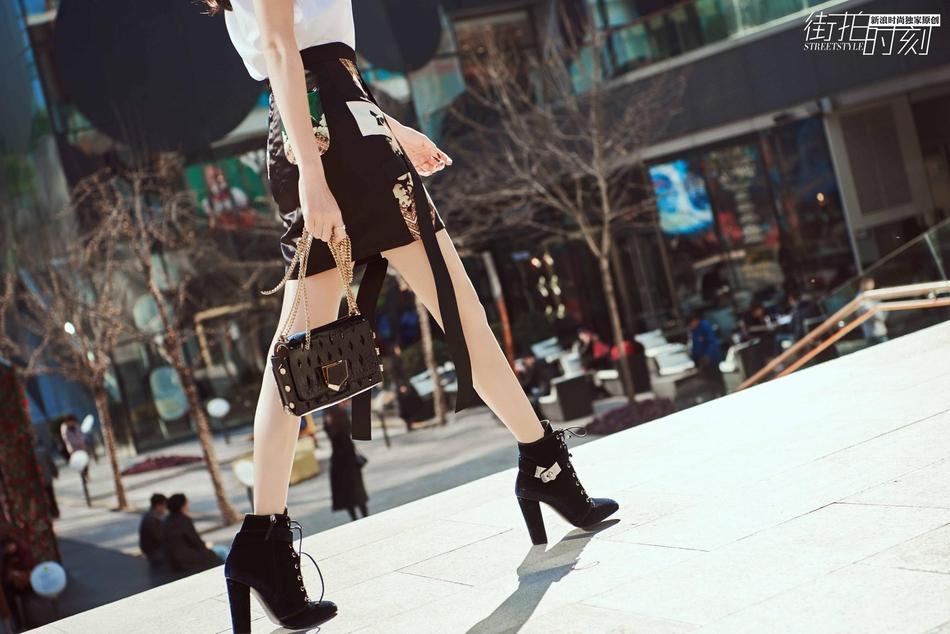 王鸥街拍美图,诱人裙装妆点浪漫夏天 服饰潮流 图15