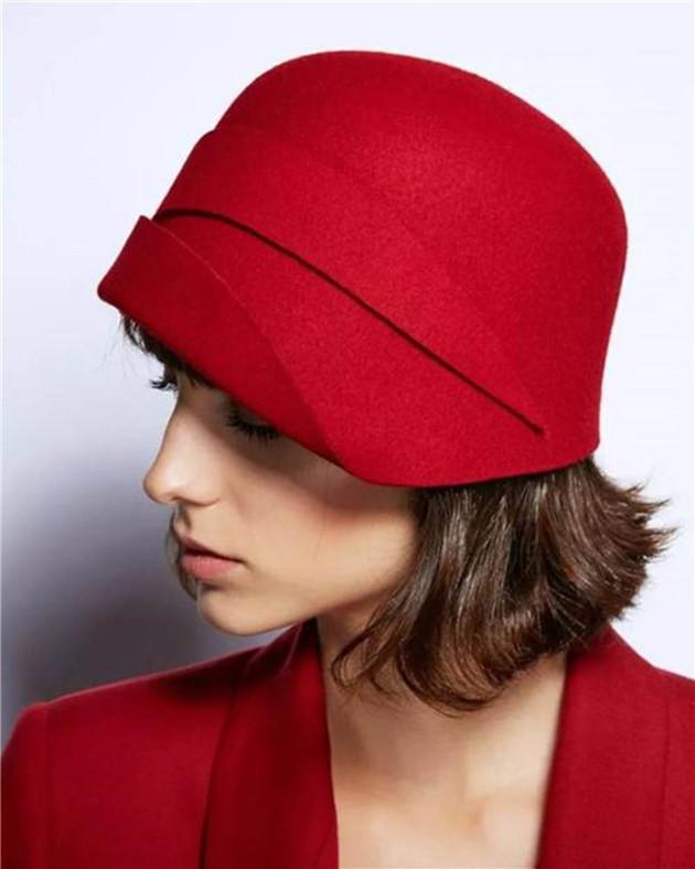 古典范钟形帽