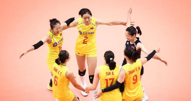 世界杯中国女排3-0横扫日本