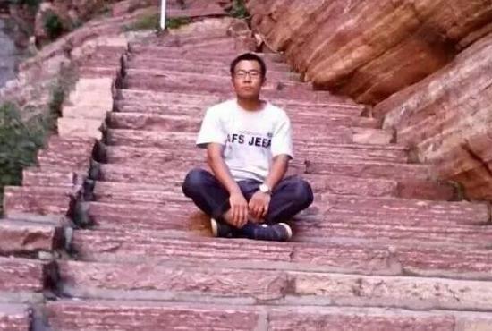 贾敬龙被执行死刑 行刑前法院安排其与亲属会见