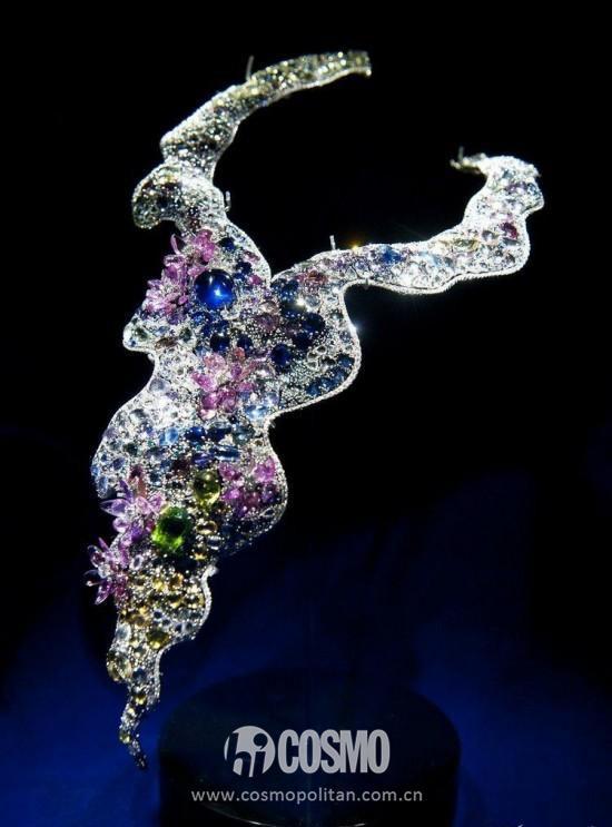 Anna Hu珠宝展示