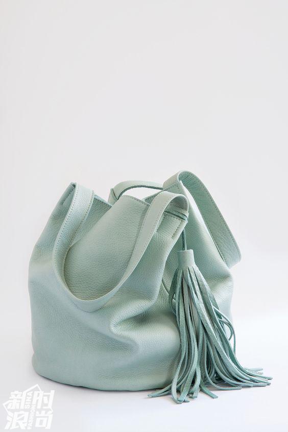 薄荷绿的包包