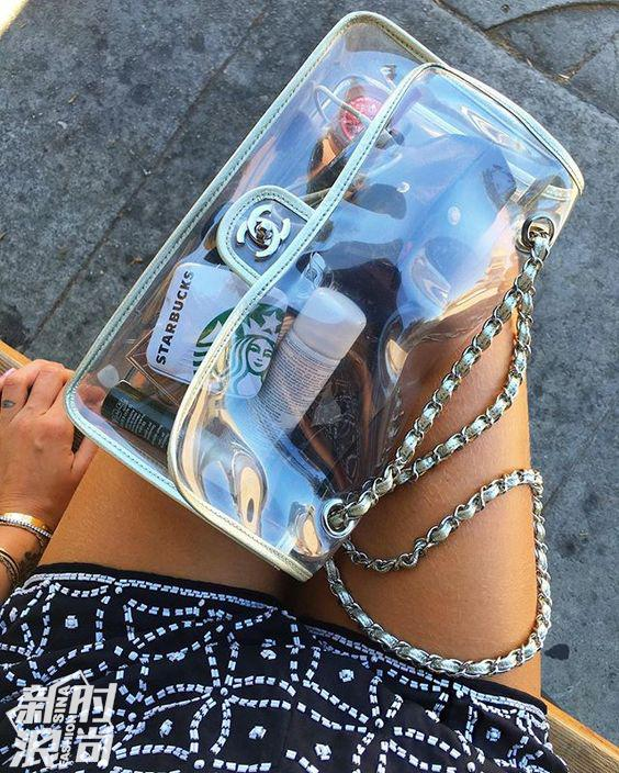 Chanel的透明包包