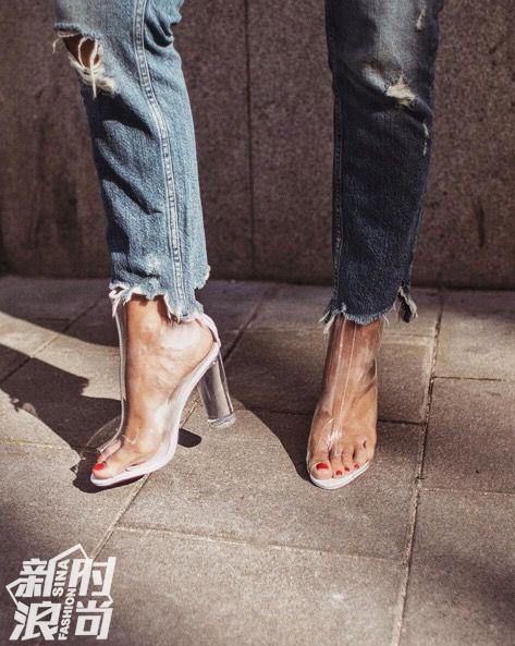 透明鞋面的靴子