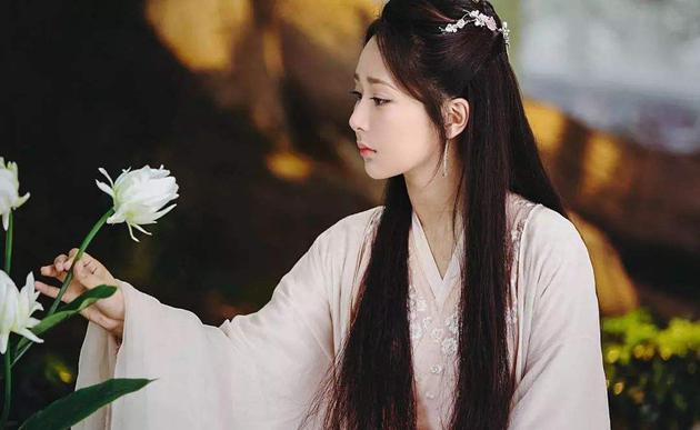 杨紫出演《香蜜沉沉烬如霜》