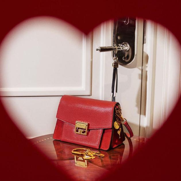 Givenchy GV3手袋