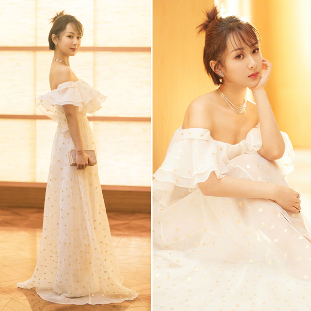 杨紫穿荷叶边连衣裙