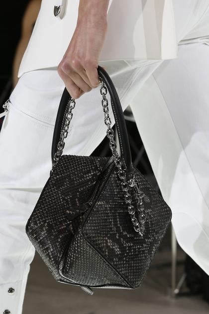 Louis Vuitton正方形包包