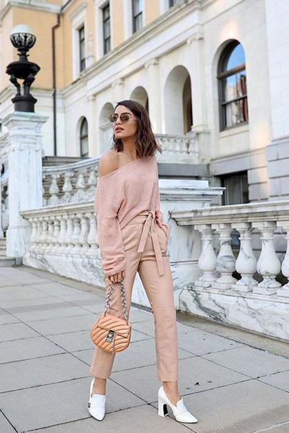 臟粉色系穿搭街拍