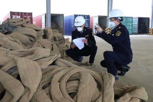"""宁波口岸退运一批货值14万美元的""""洋垃圾"""""""