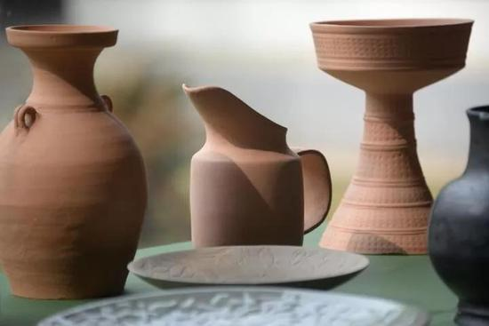 瓶窑当地工匠仿制的南宋陶瓷