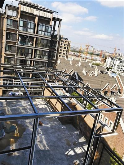 业主在九楼搭建的阳光房。