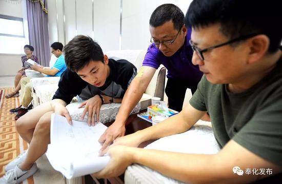 汪顺坦言,能顺利完成并取得佳绩,对他来说也是不小的挑战,他自己也很满意。