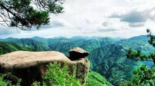 四明山镇境内有国家级森林公园