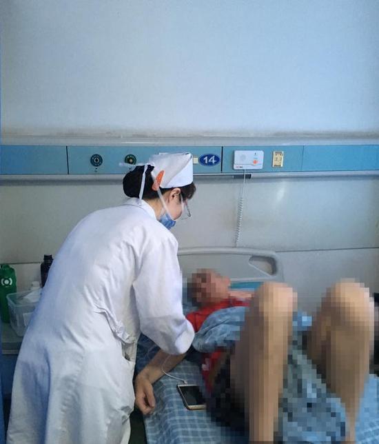 5个月体重暴瘦90斤,大大小小手术6次,在重症医学科先后住院107天。
