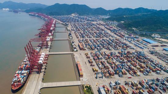 连续9年位居世界第一 央视新闻联播盛赞宁波舟山港