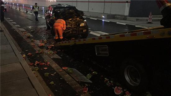 图为事故现场。宁波高速交警供图