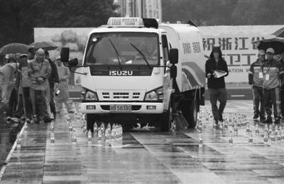 市容环卫行业职业技能大赛现场。记者刘波摄