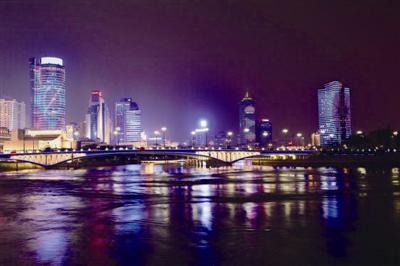 三江口即将上演灯光秀。通?#23545;?#20379;图