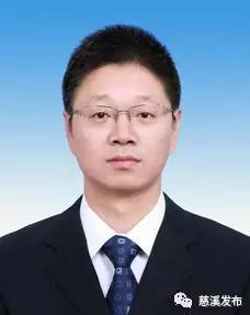 贺振遥,现任市委办公室办公会议成员(副局长级),拟任市委组织部副部长。