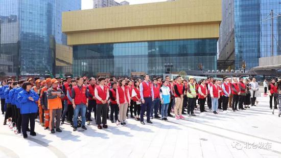 启动仪式结束后,志愿者们开展了多项志愿活动。