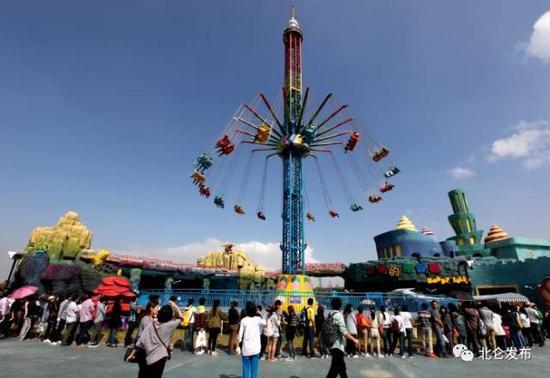 ♥在北仑,有个长三角地区唯一的蓝色的港湾,叫梅山湾。